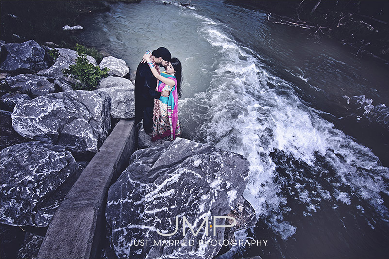 CALGARY-wedding-photographers-GRE-JMP174618.jpg