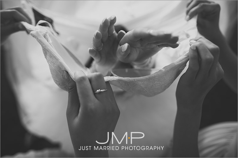 Edmonton-wedding-photographers-LSW-JMP151801A.jpg