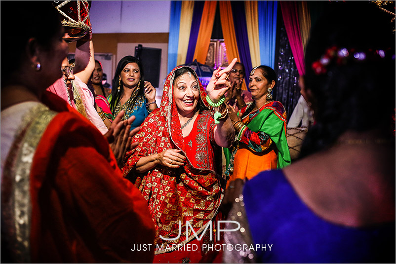 CALGARY-wedding-photographers-EAST-INDIAN-GRW-JMP-2015-09-01-203254.jpg