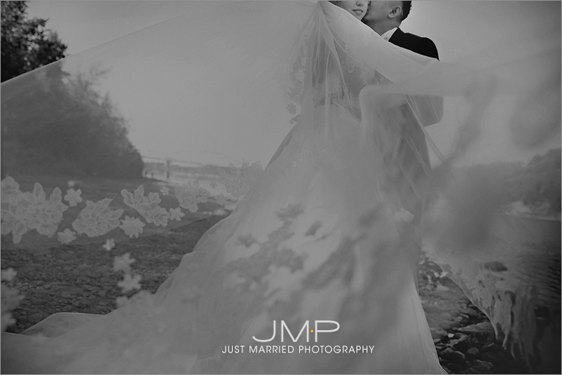 Edmonton-wedding-photographers-MBW-JMP160027.jpg