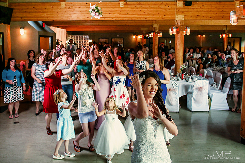Edmonton-wedding-photographers-Edmonton-wedding-photographers-ABW-JMP205643A.jpg