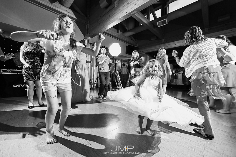 Edmonton-wedding-photographers-Edmonton-wedding-photographers-ABW-JMP213024.jpg