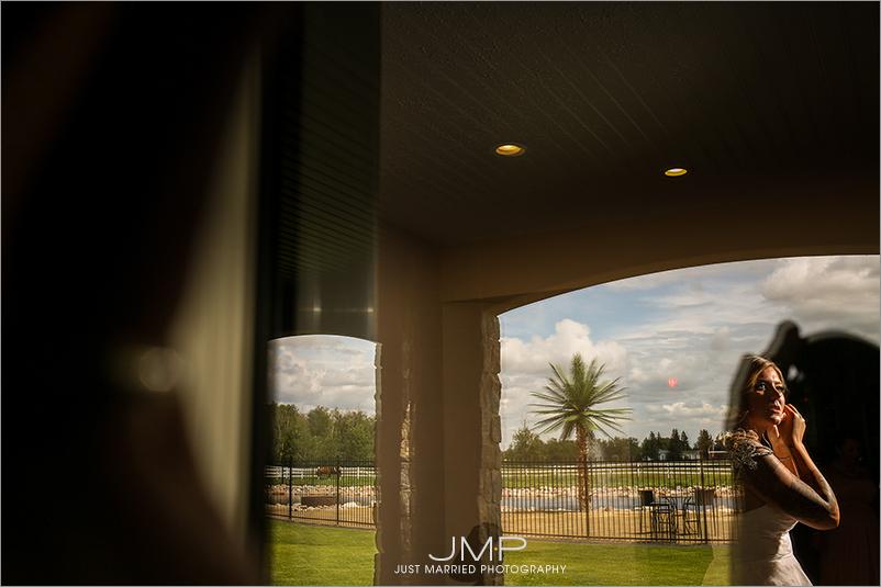 RTW-JMP124048.jpg